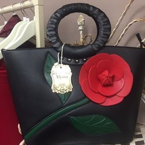 Rose handbag purse black red